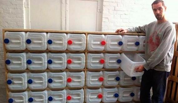 Ящики из бутылок