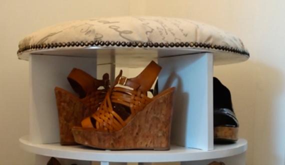 Обувь на полке