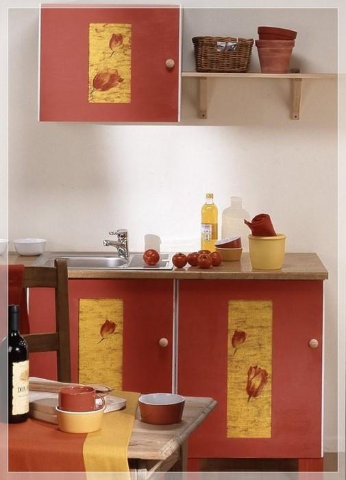 Декорирование шкафчика салфетками