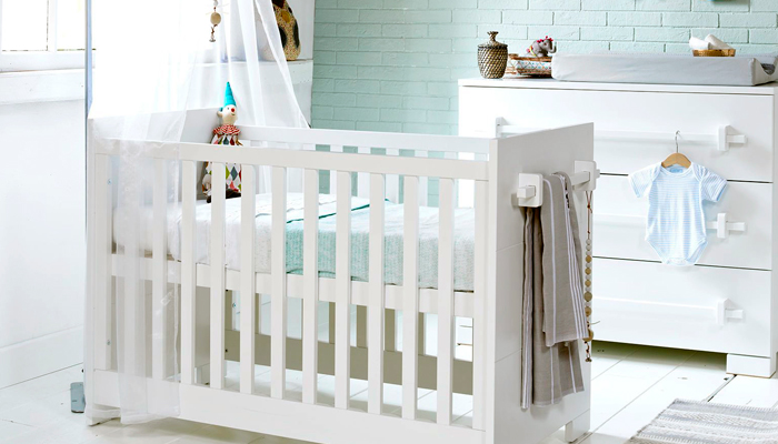 Кроватка в скандинавском стиле