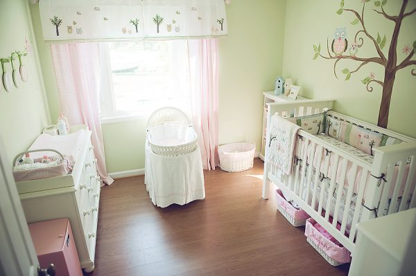 Как красиво оформить детскую комнату для новорожденного?