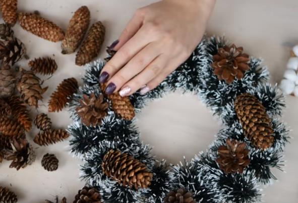 DIY - Как сделать новогодний венок своими руками