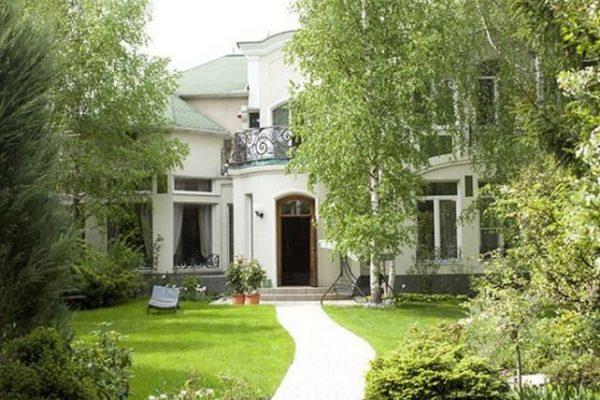 Как выглядит дом Дмитрия Маликова в Барвихе