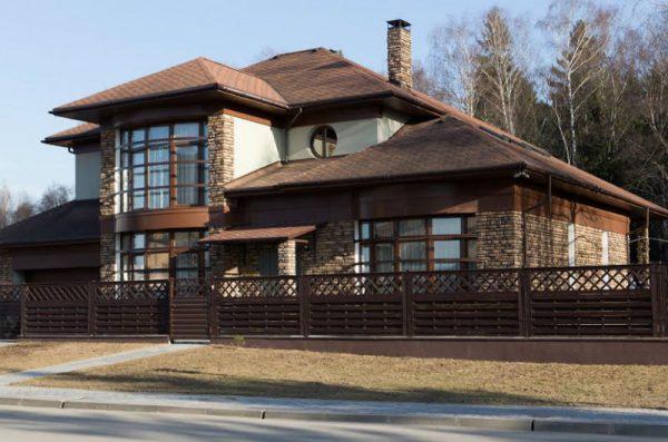 Рассмотрим дизайн загородного дома Билана