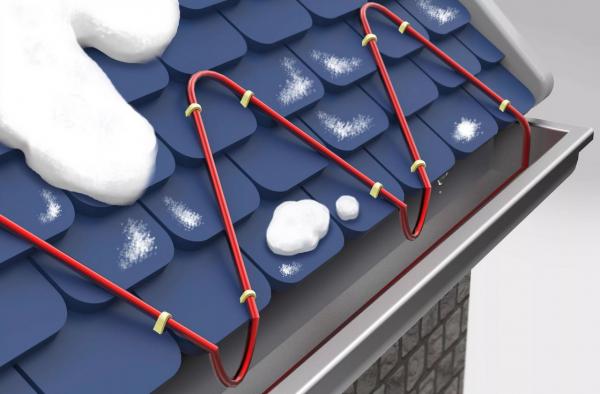 Как почистить снег с крыши без лестницы