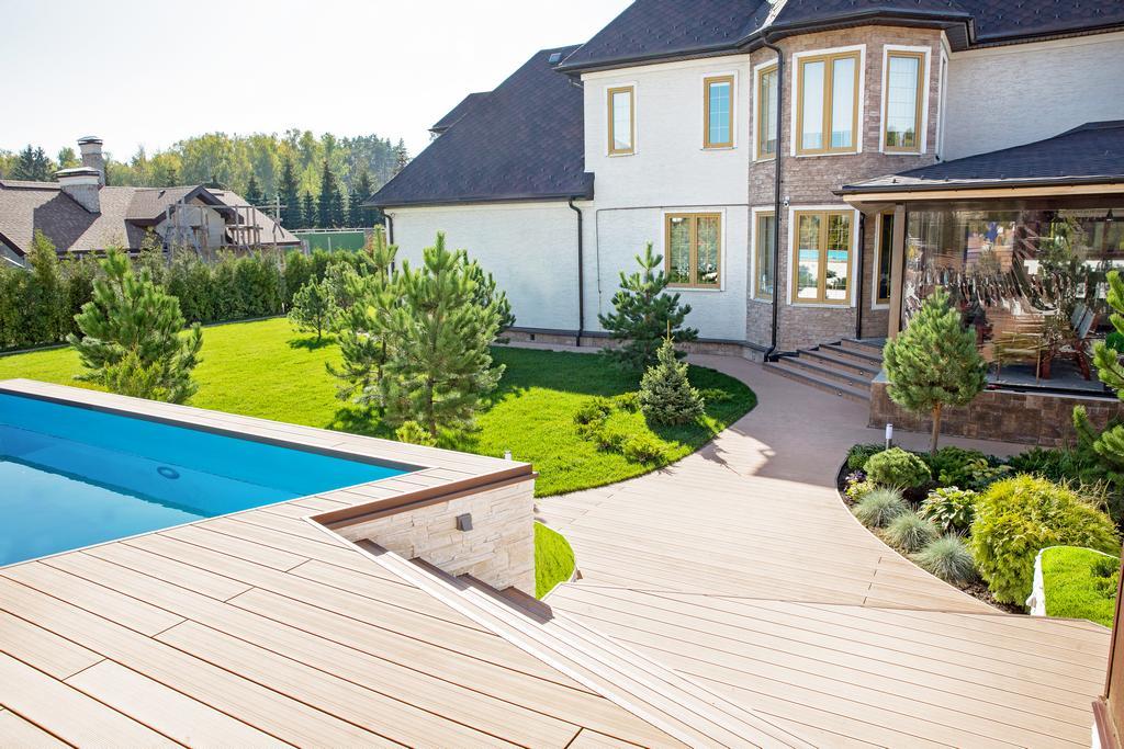 Как выглядит шикарный дом Ковальчук и Чумакова?