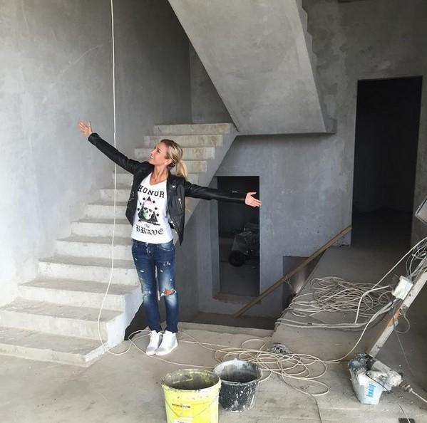 Как выглядит дом Дмитрия Тарасова и Костенко