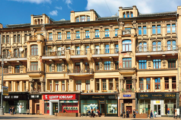 Как выглядят дома Данилы Козловского