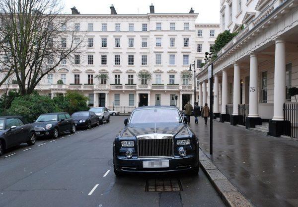 Где покупают недвижимость русские олигархи