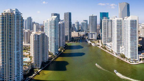 Какую недвижимость покупают россияне в США