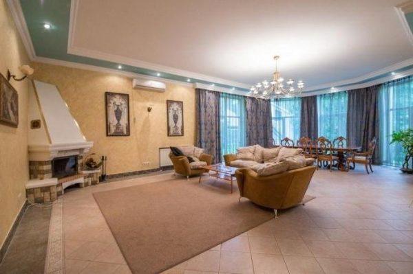 Роскошный дом Успенской в Подмосковье