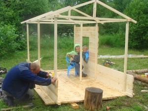 Делаем детский домик своими руками