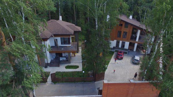 Как выглядят особняки Олега Газманова