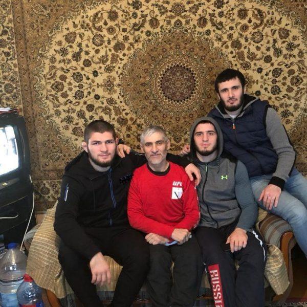 Где живет Хабиб Нурмагомедов?