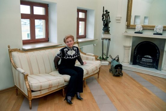 Как выглядит квартира Елены Малышевой