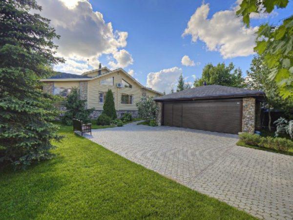 Роскошные дома Сергея Лаврова