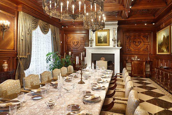 Роскошные дворцы семьи Манасир
