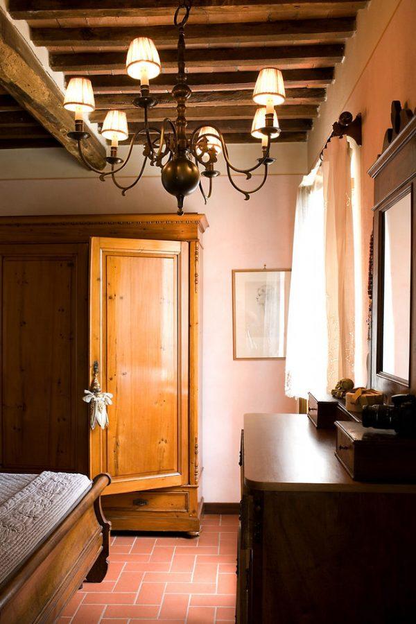 Как выглядит дом Александры Вертинской