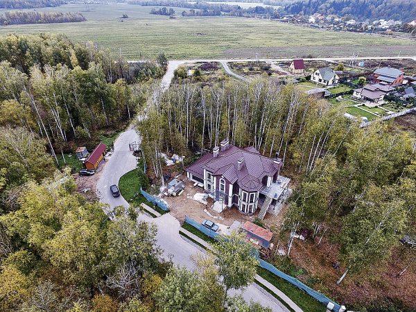 Как выглядит дом Владимира Фриске