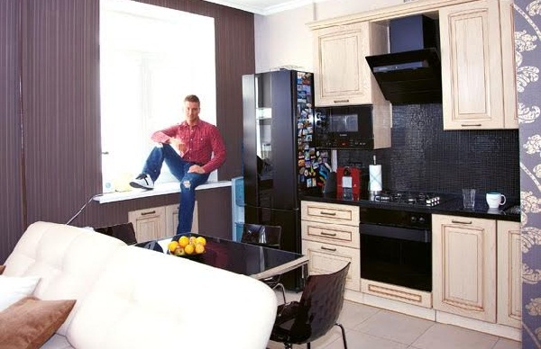 Квартира и загородный дом Сергея Лазарева