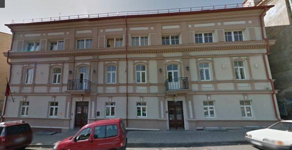 Как выглядит дом Анатолия Шария