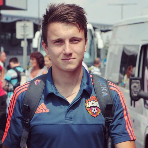 Роскошные особняки футболиста Александра Головина