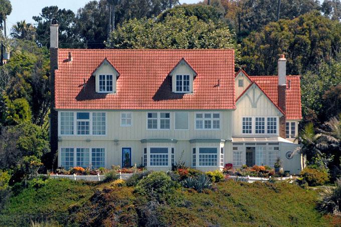 Как выглядят роскошные дома Энтони Хопкинса