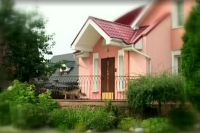Роскошный дом Алики Смеховой