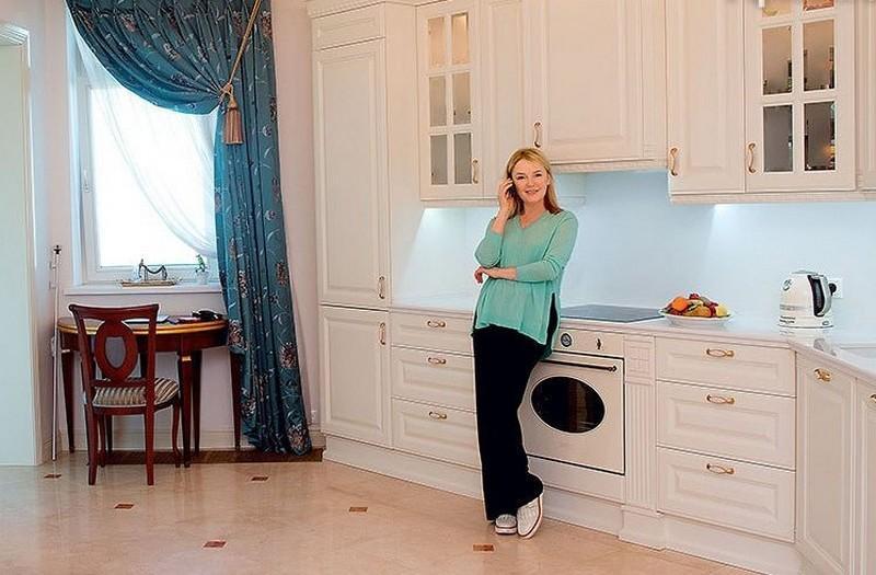 Где живёт телеведущая Лариса Вербицкая
