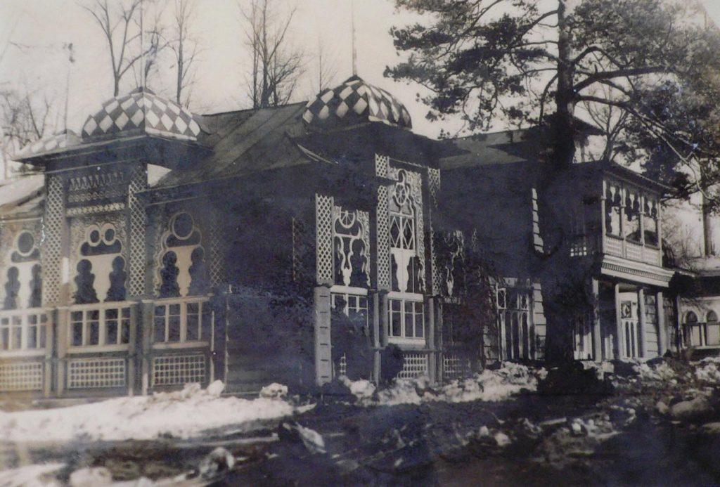 Как выглядит роскошный дом Юлии Высоцкой и Андрея Кончаловского