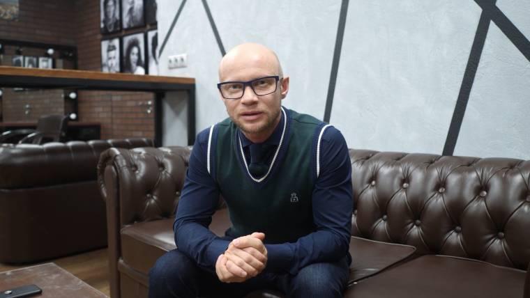 Где живет телеведущий и юморист Дмитрий Хрусталев