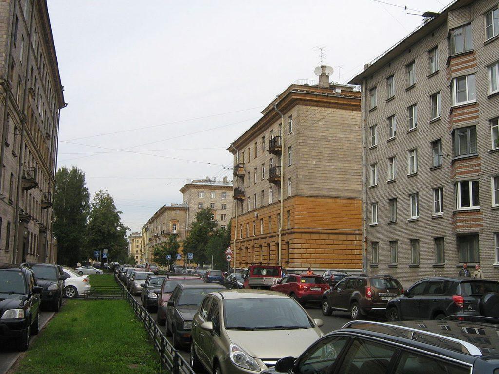 Как выглядит дом актёра Бориса Щербакова