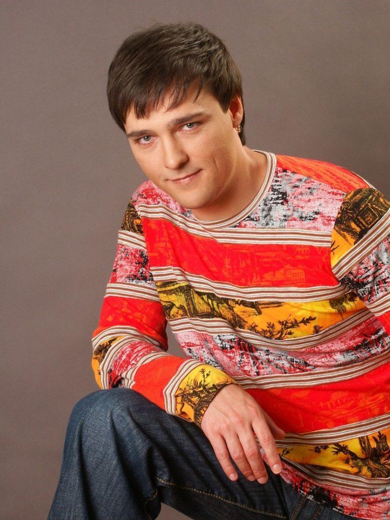Где живет певец Юрий Шатунов