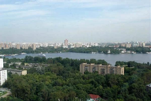 Где живет рок-музыкант Гарик Сукачев
