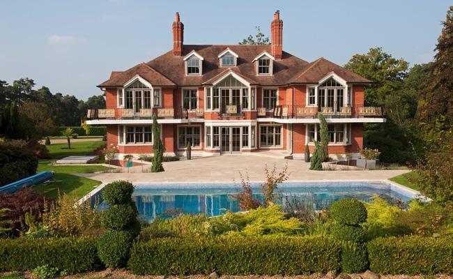 Дом и бассейн Тома Круза в Лондоне