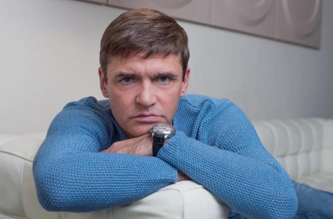 В каких условиях живет Игорь Лифанов