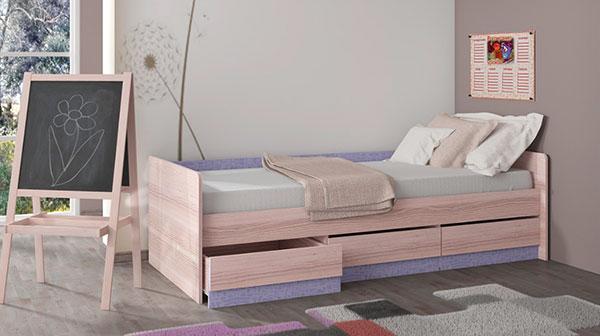 Фото готовой кровати из дерева
