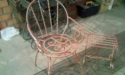 Металлический стул