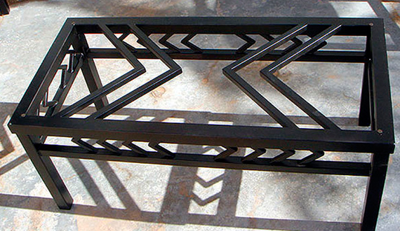 Do it yourself metal furniture: a convenient set for the dacha