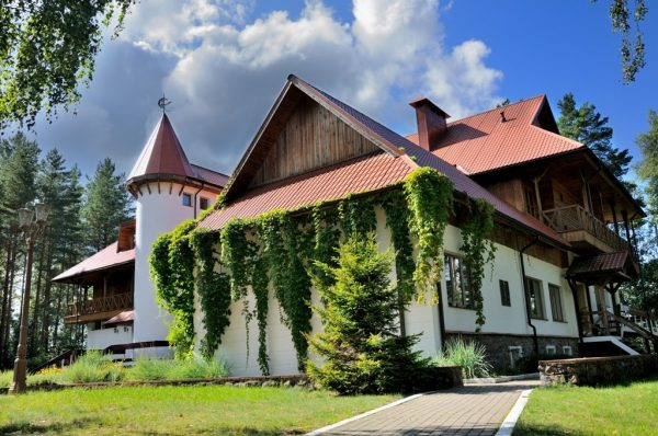 Residences of Alexander Lukashenko: photos, price