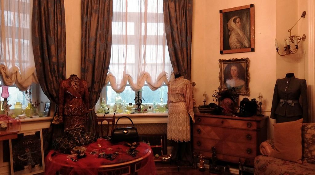 Где жила великая актриса Людмила Гурченко