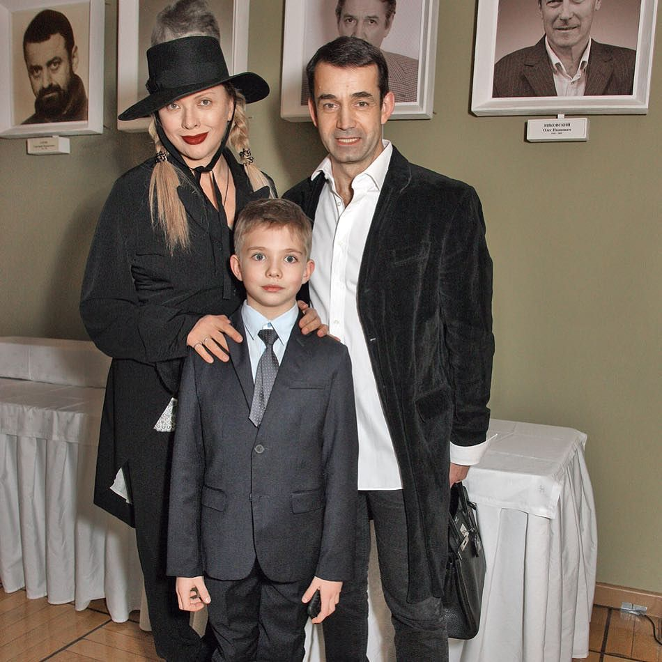 Фото сына дроздовой и певцова