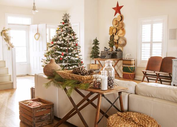Как красиво украсить комнату на Новый год 2021 своими руками