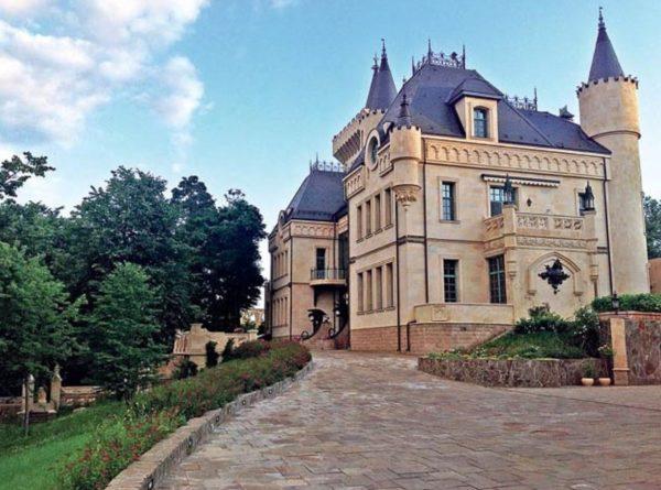 10 самых роскошных домов знаменитостей (фото)