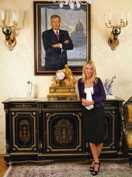В каких домах живут известные российские политики (фото)