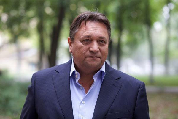 Александр Клюквин: трехкомнатная квартира с антиквариатом