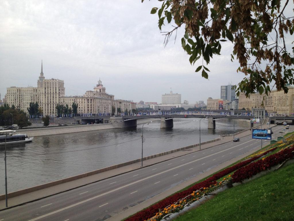 Московская квартира Агутина и Варум с мужским и женским этажом