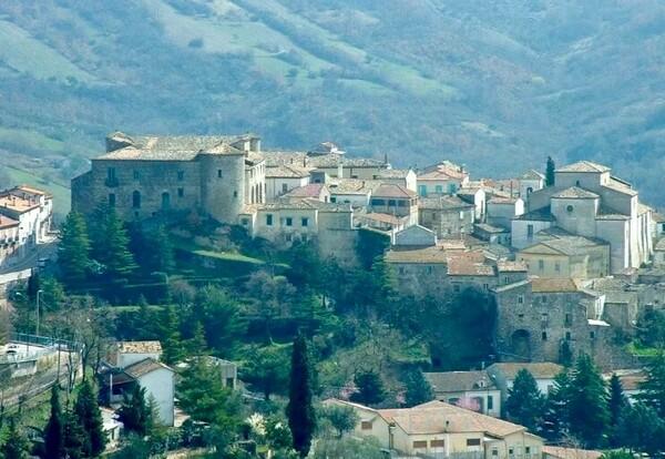 Почему на Сицилии начали продавать дома за 1 евро и всё ли так просто