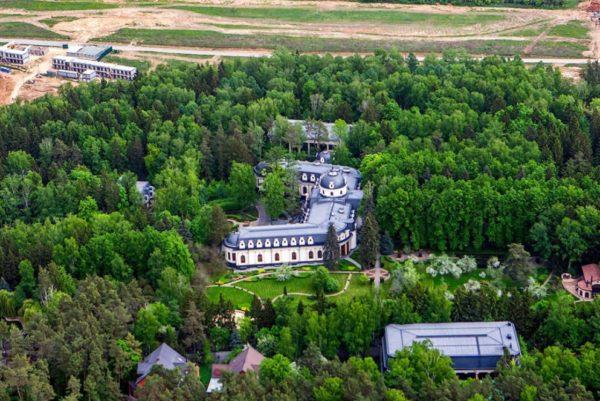 Шикарная резиденция Игоря Шувалова