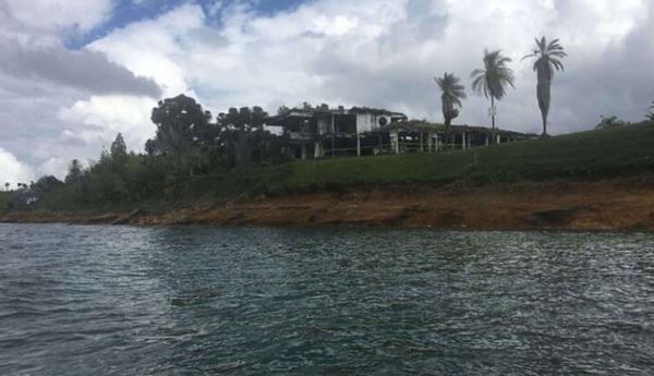 Особняк Пабло Эскобара превратили в руины для игры в пейнтбол